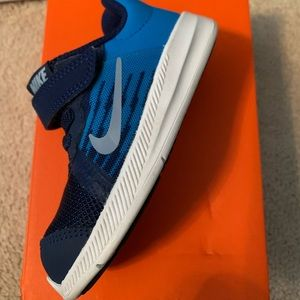 Downshifter8 Nike 7c shoe only 1